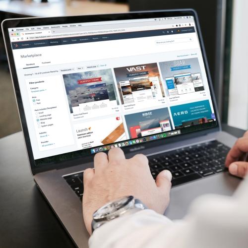 Un novato creando una página web: Hugo y Wordpress